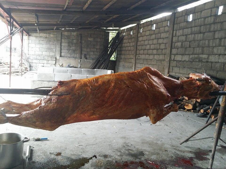 Leg Part Lechon Baka