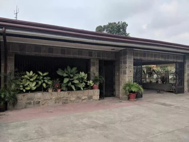 House and Lot Sale in Clarkview