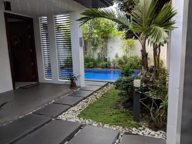 House w/ Pool near CLA